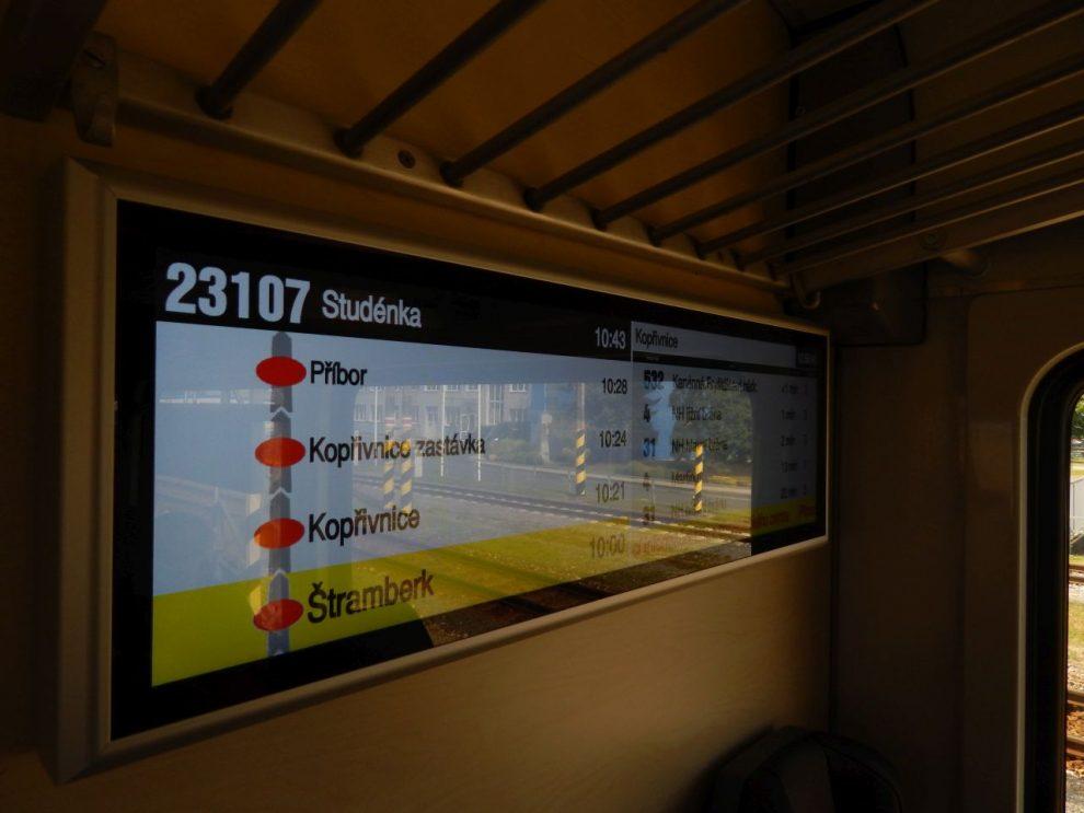 Informační systém, motorový vůz 811. Autor: Jan Šindelář/Zdopravy.cz