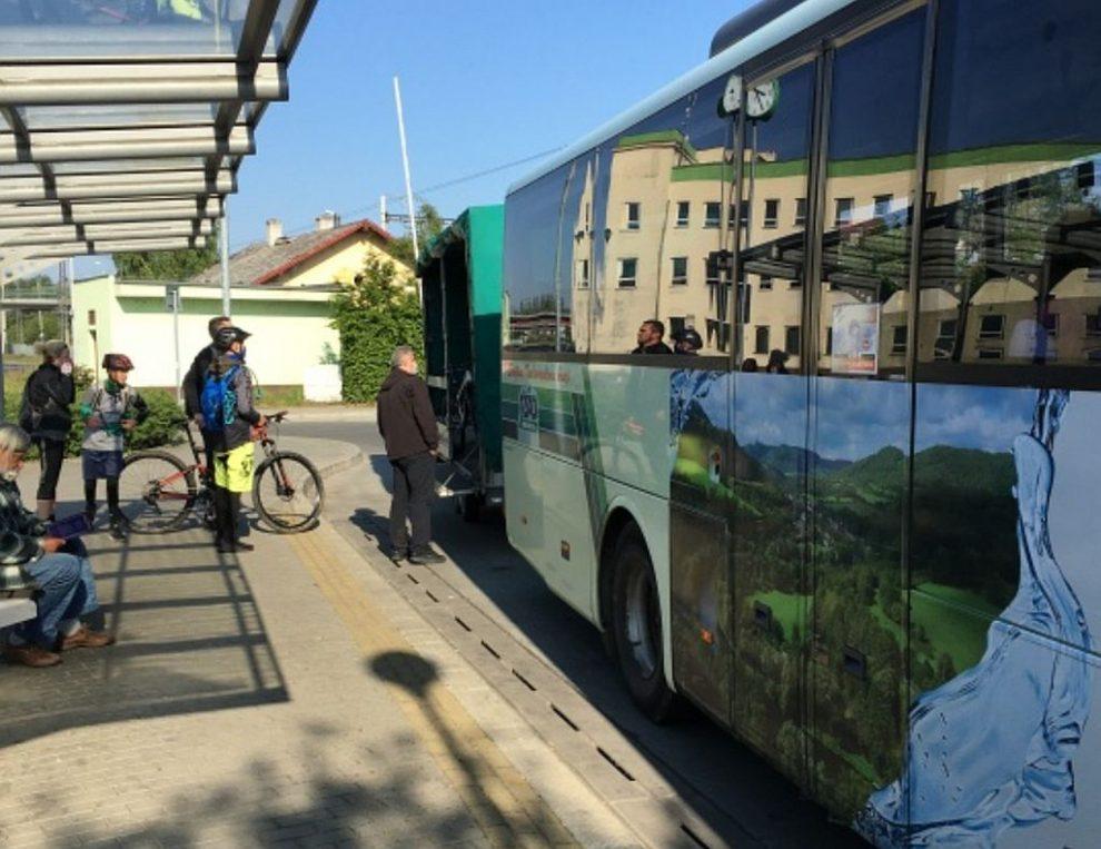 Cyklobus ČSAD Autobusy Karlovy Vary. Ilustrační foto. Pramen: ČSAD Autobusy Karlovy Vary