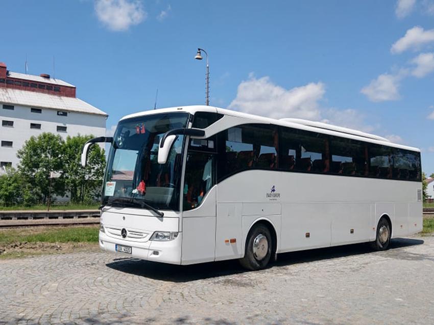 Autobus Mercedes Benz firmy Skript. Pramen: Skript s.r.o.