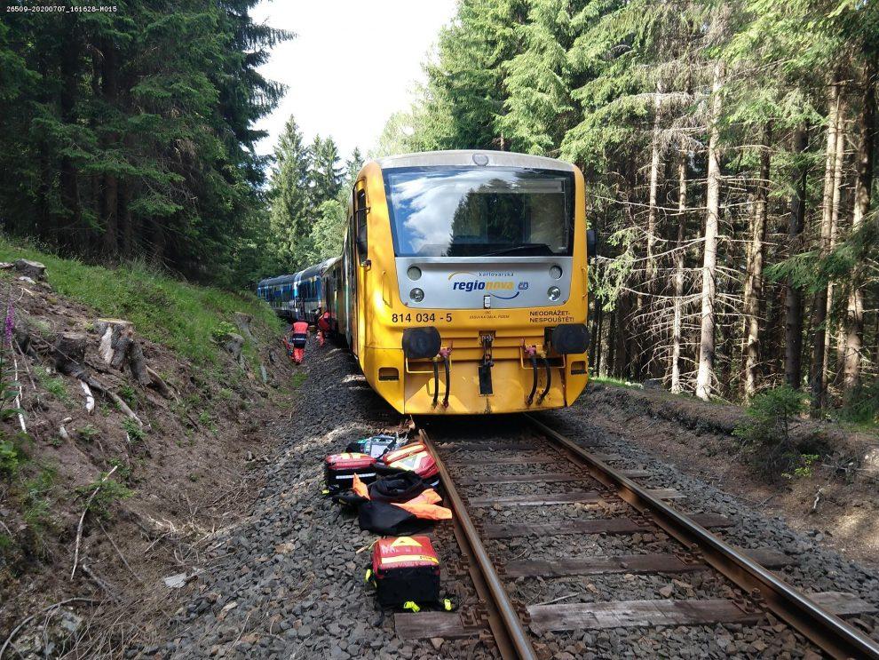 Srážka vlaků u Perninku. Foto: Twitter Jiřího Svobody