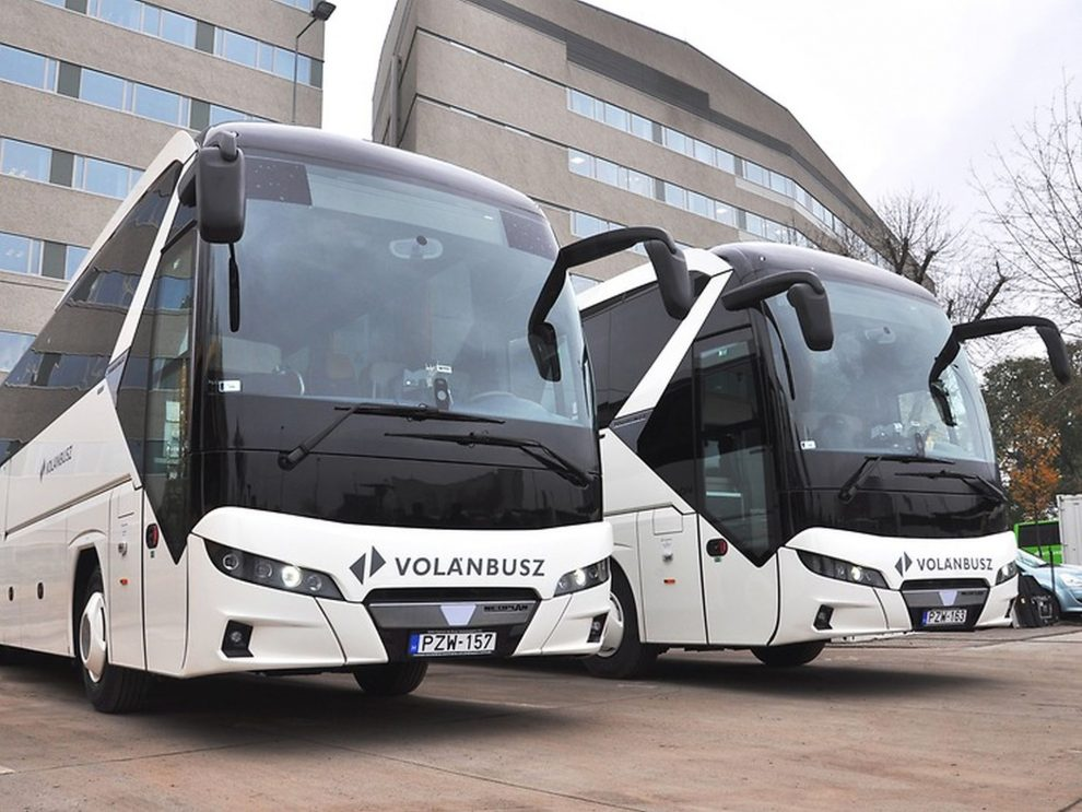 Nové autobusy Neoplan Tourliner pro maďarský Volánbusz. Foto: Neoplan