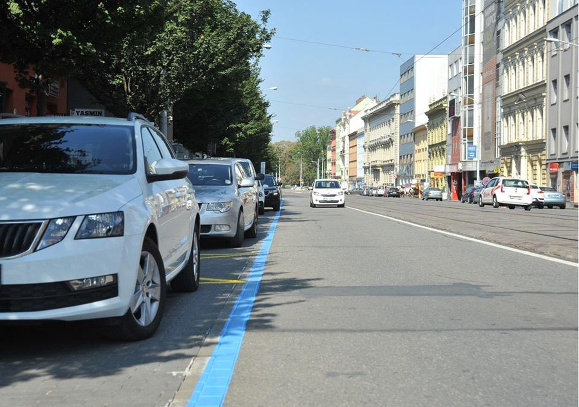 Rezidentní parkování v Brně. Foto: www.parkovanivbrne.cz