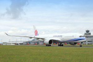 Airbus A350-900 společnosti China Airlines v Praze. Foto: Letiště Praha