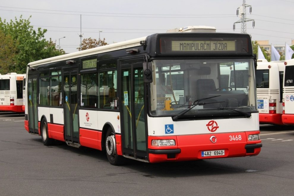 Irisbus Citybus 12M v barvách pražské MHD. Foto: DPP