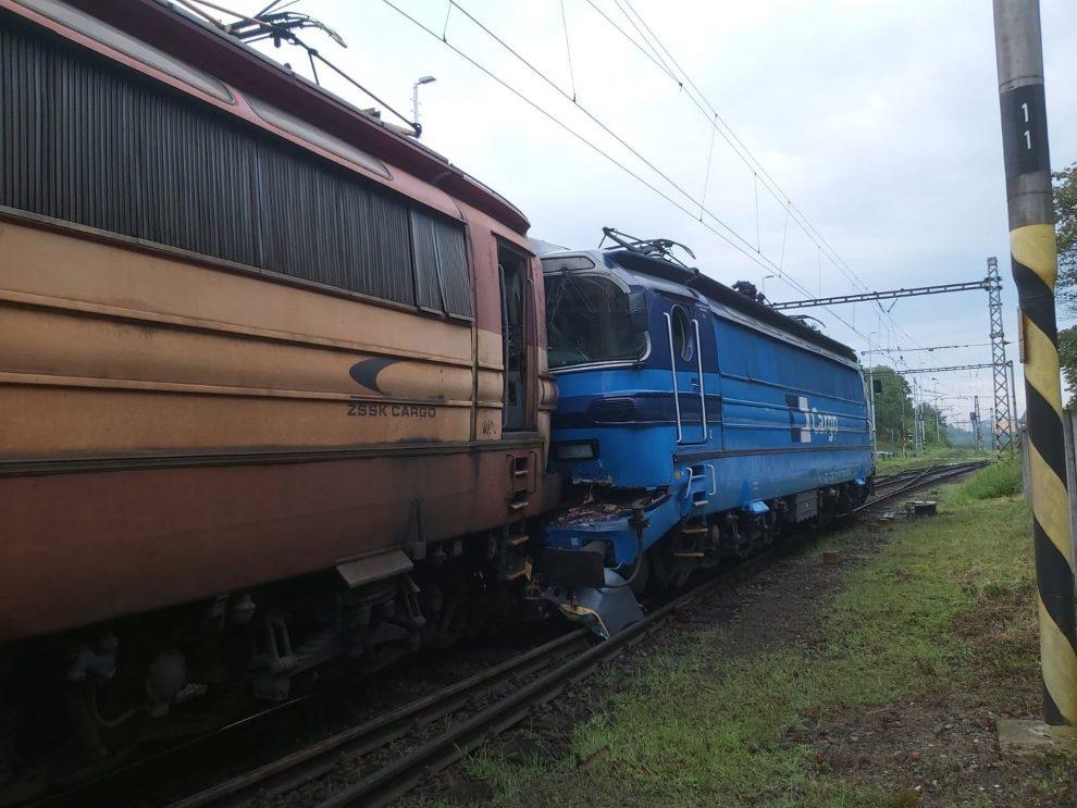 Srážka dvou lokomotiv řady 230 v Jihlavě. Foto: František Dobrota