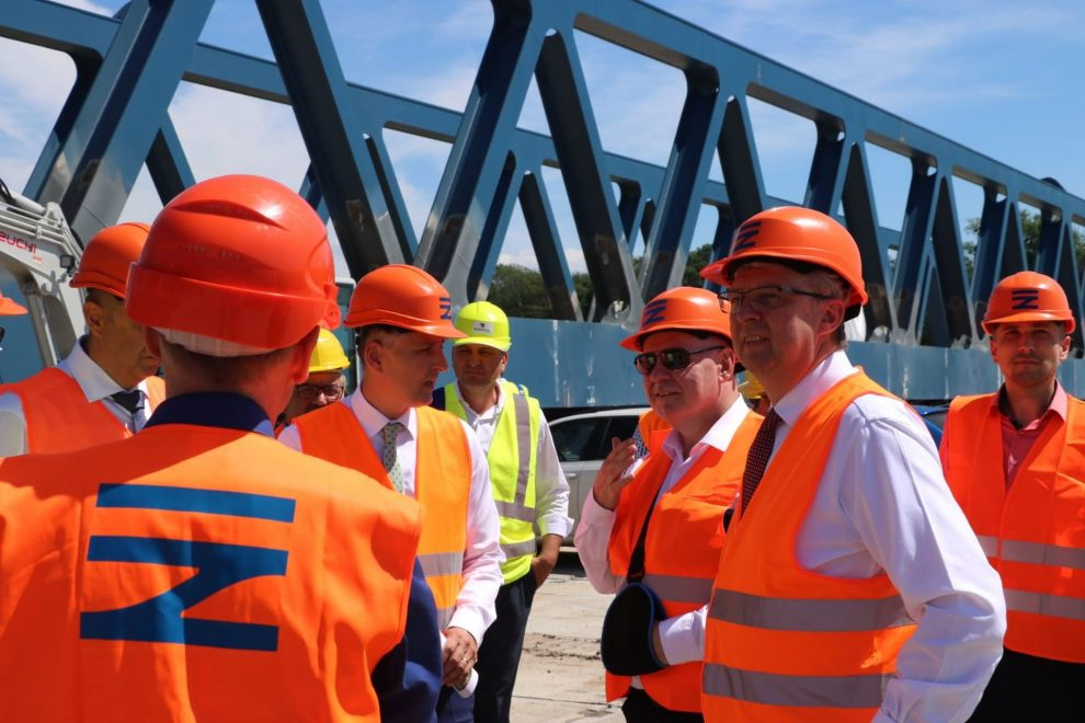 Návštěva vicepremiéra Karla Havlíčka na stavbě Dluhonické spojky. Foto: Twitter Karla Havlíčka