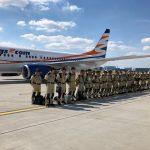Boeing 737-800 společnosti Smartwings před odletem hasičů do Bejrútu. Foto: Smartwings
