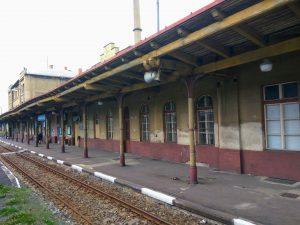 Výpravní budova ve stanici Varnsdorf. Foto: Zdopravy.cz / Jan Sůra