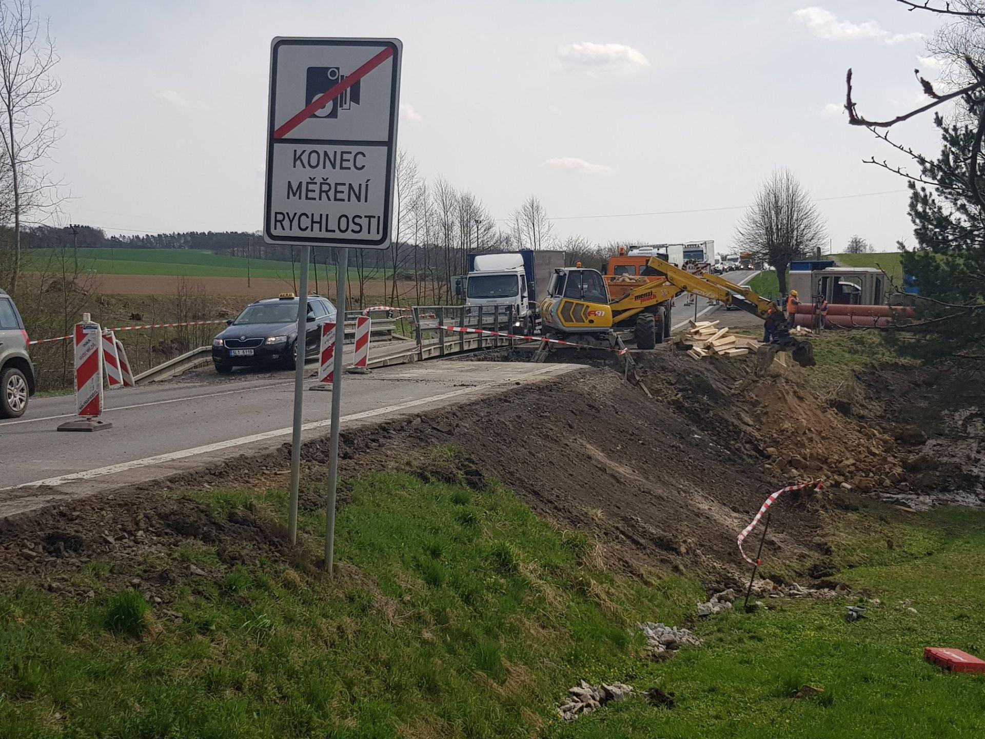 Oprava silnice I/35 v roce 2018 u Radvánovic. Foto: Liberecký kraj