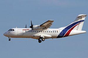 ATR 42 v barvách společnosti Swift Air létající pro UPS. Foto: Ken Fielding/https://www.flickr.com/photos/kenfielding / CC BY-SA (https://creativecommons.org/licenses/by-sa/3.0)