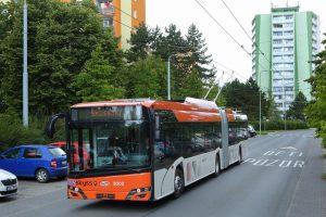 Trolejbus Solaris s elektrovýzbrojí Škoda pro město Bergen. Pramen: Škoda Electric
