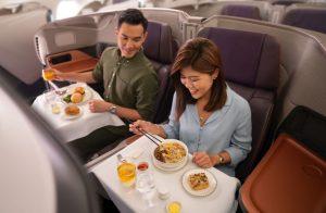 Palubní menu v byznys třídě Singapore Airlines. Foto: Singapore Airlines