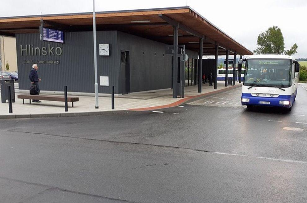 Autobusové nádraží Hlinsko na Chrudimsku. Pramen: Pardubický kraj