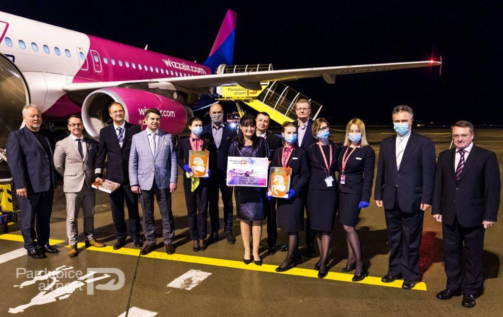 Vítání nové linky Wizz Air v Pardubicích. Foto: Letiště Pardubice