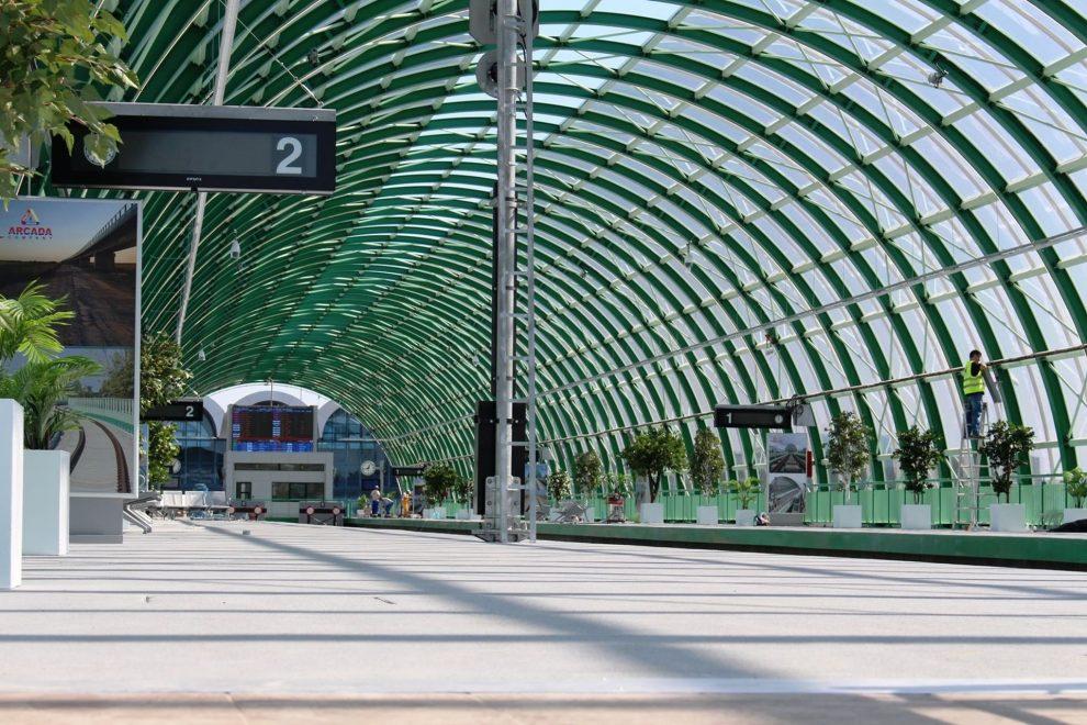 Nová železniční stanice na bukurešťském letišti. Foto: Facebook Otopeni Airport