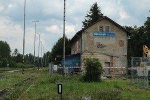 Stará nádražní budova v Dětřichově nad Bystřicí. Foto: FB profil Zachraňme nádraží