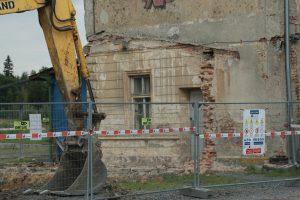 Demolice nádraží v Dětřichově nad Bystřicí. Foto: FB profil Zachraňme nádraží