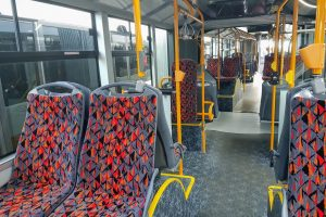 Interiér nového autobusu Solaris Urbino 18 pro DPMLJ. Foto: Jan Sůra / Zdopravy.cz