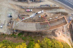 Stavba křižovatky Rádelský Mlýn. Foto: ŘSD