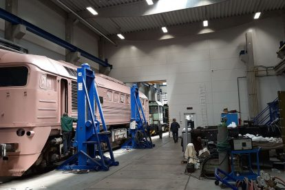 Zahájení opravy Sergeje Kladenské dopravní a strojní v Přerově. Foto: Kladenská dopravní a strojní