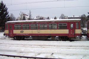 Vůz řady 012. Autor: Harold – Vlastní dílo, CC BY 3.0, https://commons.wikimedia.org/w/index.php?curid=9472333