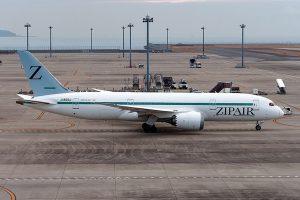 Boeing 787-8 společnosti Zipair. Foto: Melv_L - MACASR, CC BY-SA 2.0 , via Wikimedia Commons