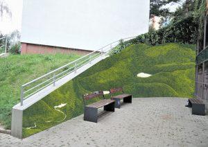 Výtvarné řešení u stanice Bořislavka