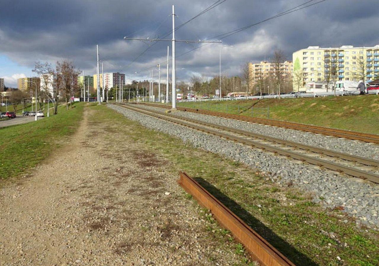 Brno, pohled na Bystrc od tramvajové trati. Pramen: dokumentace EIA/Ecological Consulting a.s.