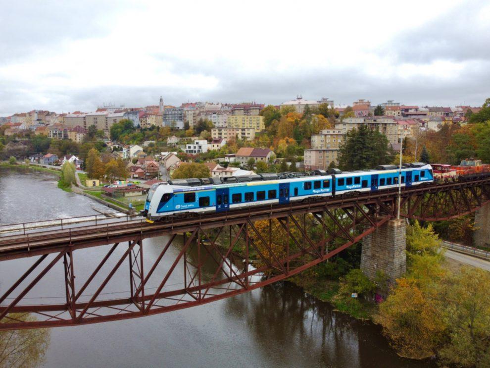 Testování jednotky RegioPanter mezi Táborem a Bechyní. Foto: Jan Chaloupka/ České dráhy