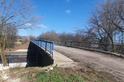 Původní most přes D10. Foto: Skanska