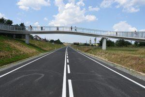 Nový obchvat Opočna a lávka pro cyklisty. Pramen: Královéhradecký kraj