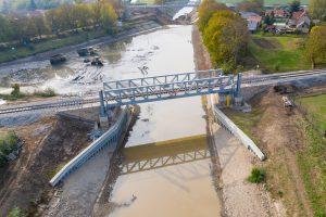 Nový zdvihací železniční most v Lužci. Pramen: ŘVC