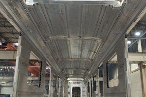 První dokončený svařenec nového vozu pro varšavské metro. Pramen: Škoda Vagonka