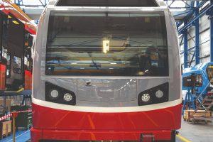 Vozidla pro tatranské zubačky vyrábí Stadler v závodě v Bussnangu. Pramen: ZSSK