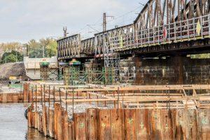 Rekonstrukce železničního mostu v Čelákovicích. Foto: Správa železnic