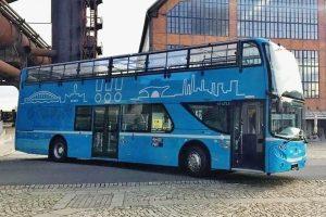 Dvoupodlažní autobus Scania pro Dopravní podnik Ostrava. Foto: DPO