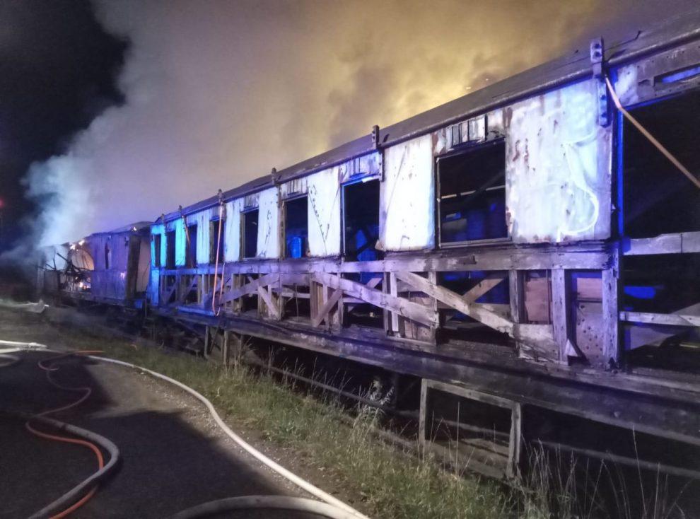 Požár v železničním muzeu v Jaroměři. Foto: HZS Královéhradeckého kraje