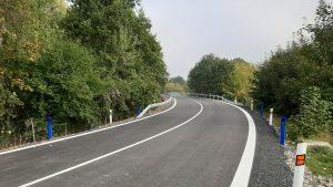 Silnice II/610 u Benátek nad Jizerou po rekonstrukci. Foto: Skanska