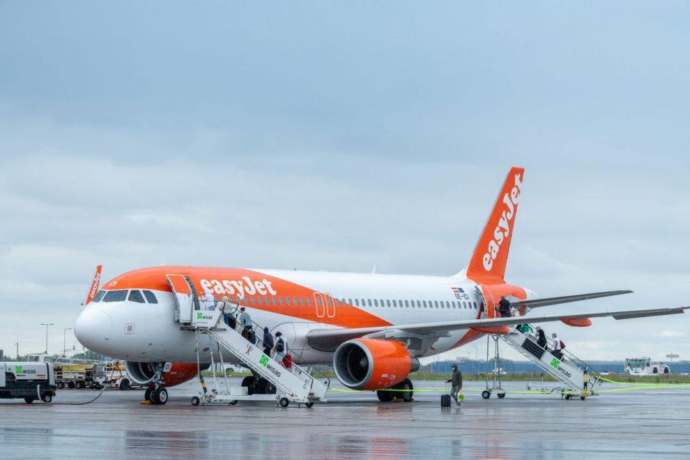 Nástup do Airbusu A320 společnosti easyJet na letišti Schönefeld. Foto: Flughafen Berlin