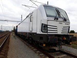 Čtyřsystémová lokomotiva Siemens Vectron ve Velimi. Foto: VUZ