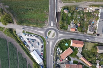 Nový průtah ve Starém Vestci. Foto: Skanska