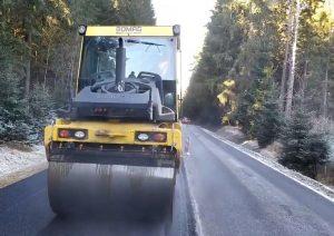 Oprava silnice I/39 mezi Volary a Lenorou. Pramen: ŘSD