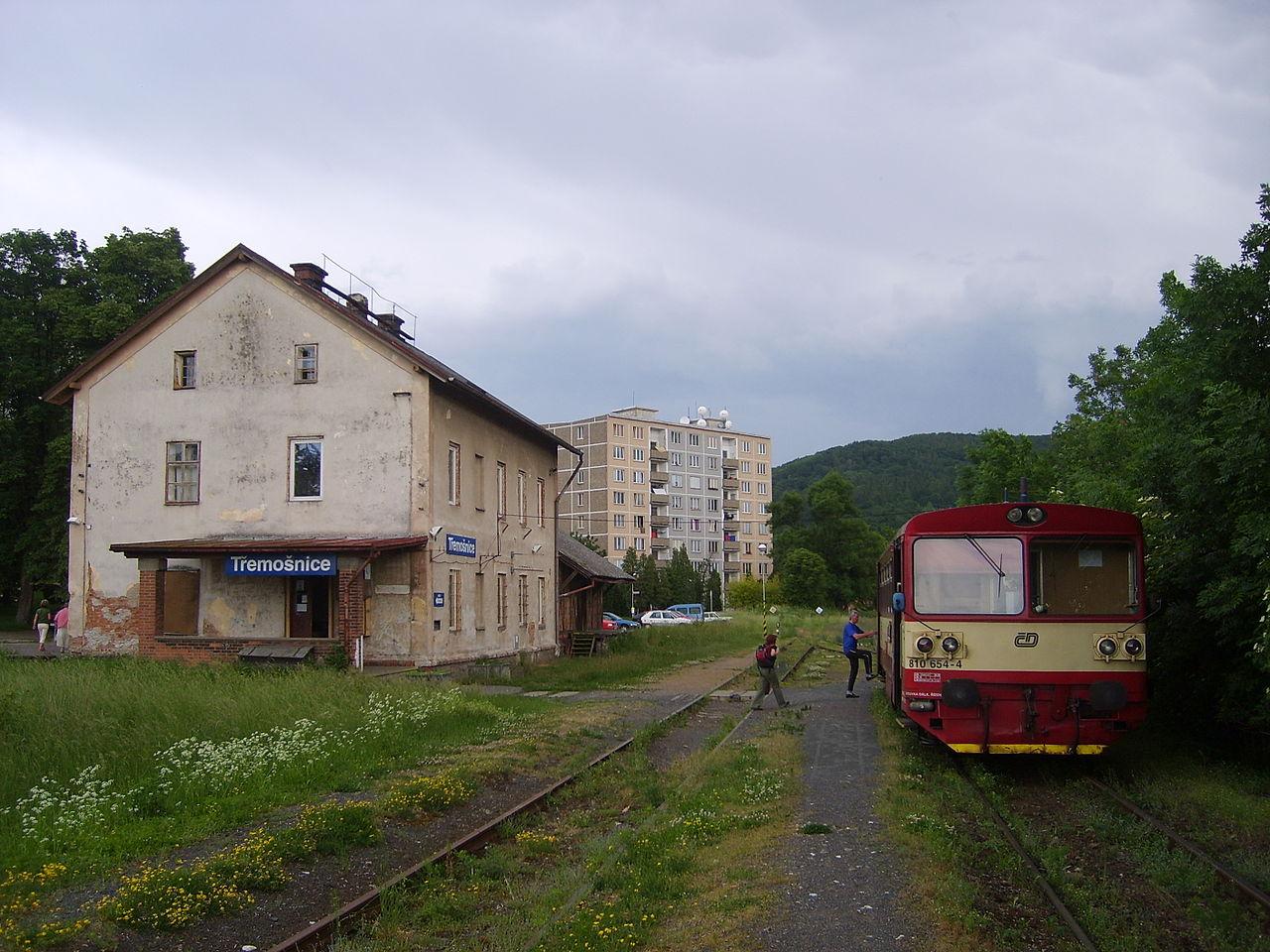 Konečná trati 236 Třemošnice. Autor: Jan Pešula (Sapfan) – Vlastní dílo, Volné dílo, https://commons.wikimedia.org/w/index.php?curid=3985045