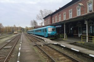 Jednotky 845 společnosti Arriva vlaky v Jablonném v Podještědí. Foto: Arriva