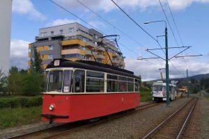 Tramvaj T2-62 mezi ve Vratislavicích nad Nisou. Foto: DPMLJ