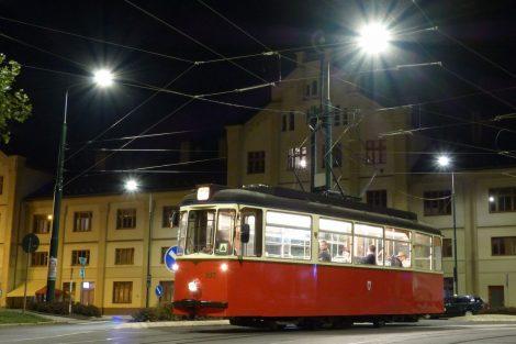 Tramvaj T2-62 u libereckého nádraží. Foto: Boveraclub