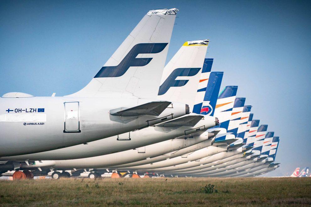 Odstavené Airbusy A320 Family společnosti Finnair a Boeingy 737 společnosti Smartwings v Praze. Foto: Rosťa Kopecký / Flyrosta.com