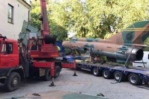 Přeprava MiG-21do Vratislavic nad Nisou