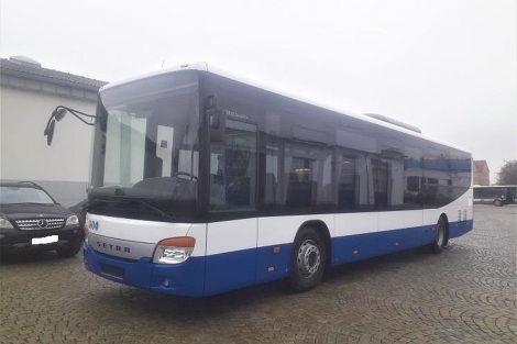 Autobus Setra 415 LE Business. Pramen: Icom Transport