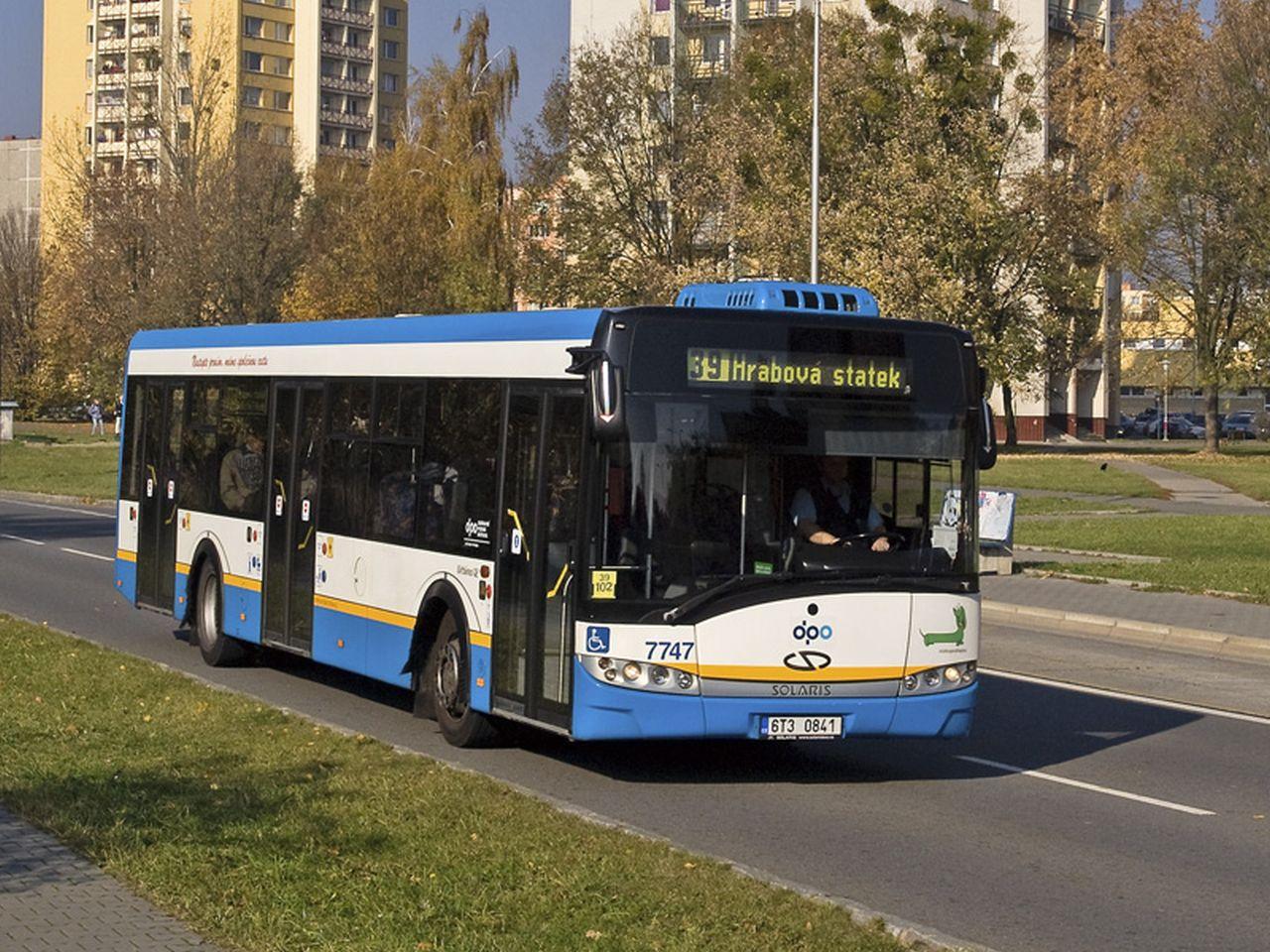 Autobus Solaris Urbino 12 v barvách DPO. Foto: Dopravní podnik Ostrava